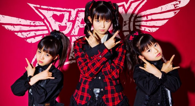Babymetal, il gruppo giapponese che unisce il metal al jpop (2)