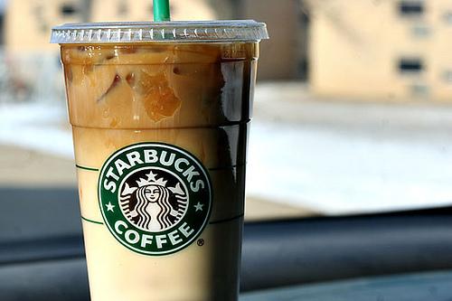 Dark Barrel Latte, il nuovo caffè di Starbucks che sa di Guinness (2)