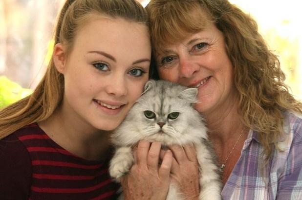 Ricoverata all'ospedale dopo aver tentato di fare un bagno al gatto