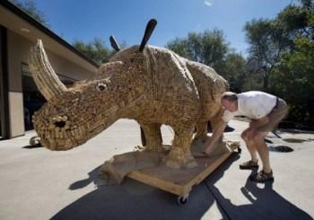 rinoceronte tappi sughero scultura