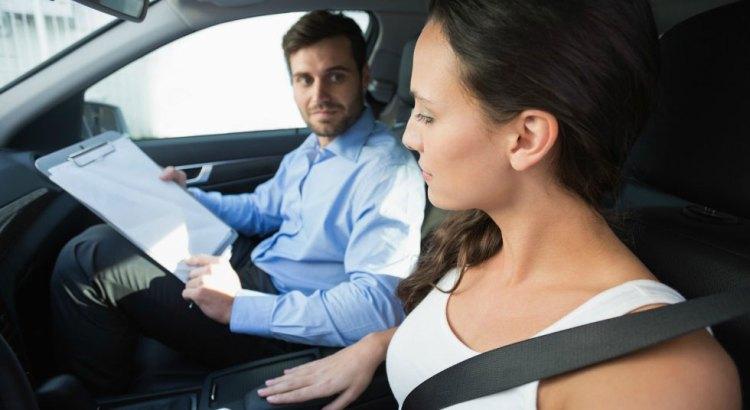Nei Paesi Bassi sembra sia legale offrire lezioni di guida in cambio di sesso