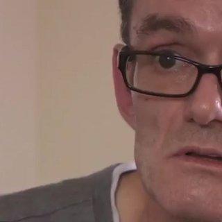 """Ingegnere si opera da solo all'addome: """"Ero stanco di aspettare l'ospedale"""""""
