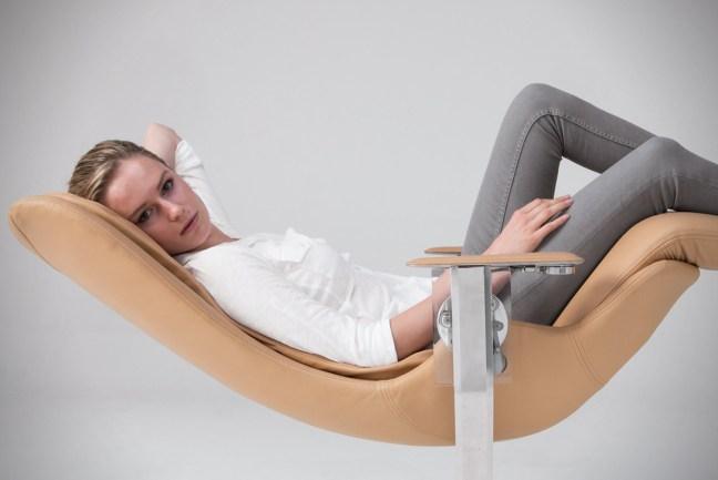 elysium-sedia-senza-peso