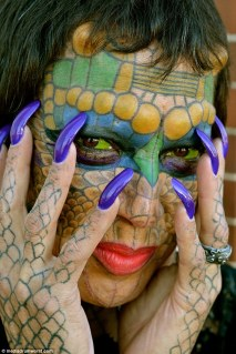 Eva Medusa - La donna transgender diventata un drago