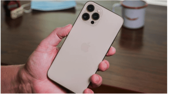 Brazil Consumer Protection Fines Apple $2M for Shipping iPhones Without a Charger