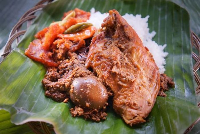 gambar makanan khas gudeg yogyakarta