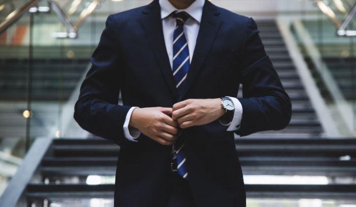 contoh biografi pengusaha sukses