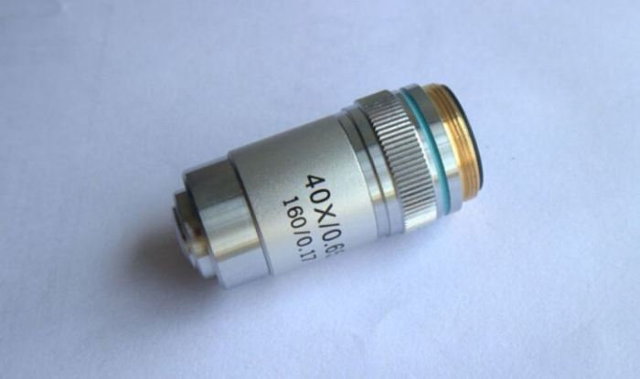 lensa objektif mikroskop