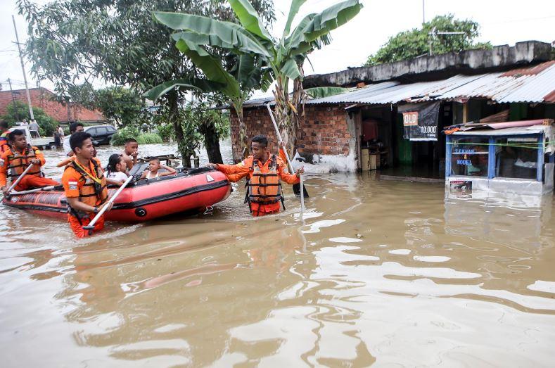contoh teks berita banjir