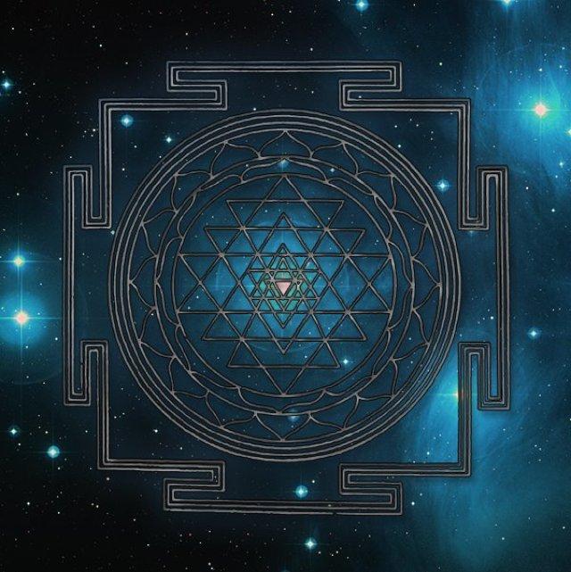 sri-yantra cosmos