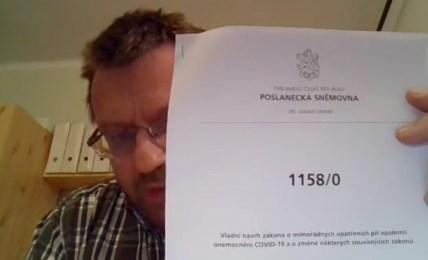 česká vláda zákon nouzový stav