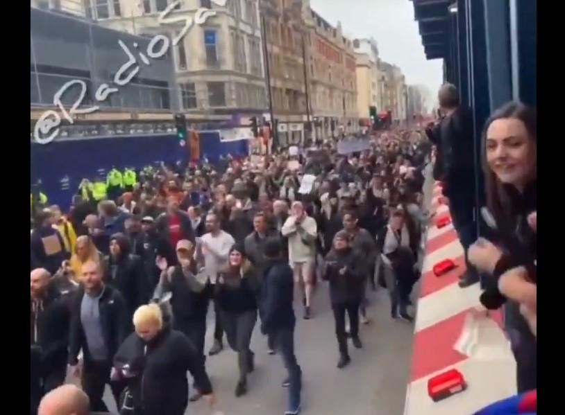 protest korona