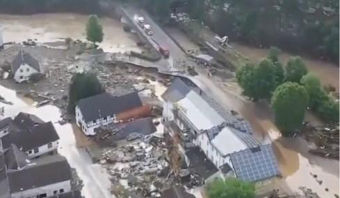 povodně německo