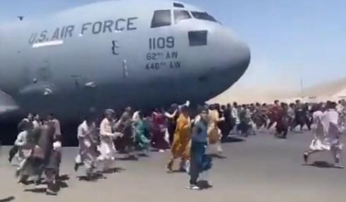 podvozek letadla afghánistán