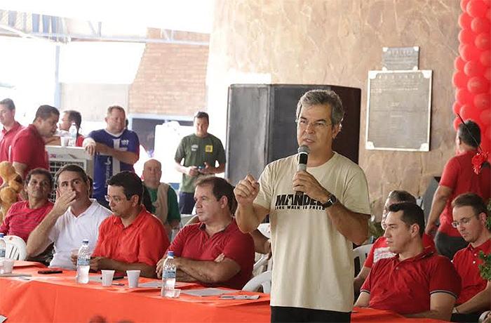 Sebastião fala em golpe  e JV diz que Mandela é inspiração para petistas