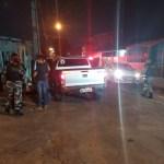 Criminosos roubam caminhonete e mulher é feita de refém