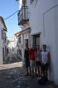 Mit den Spanisch-Sprachschülern beim Kulturausflug in Grazalema, Tienda de Blas.