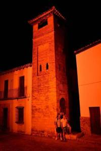 Ausflug nach Ronda mit den Spanischsprachschülern am Minaret.