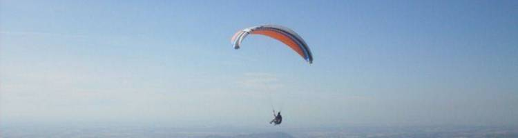 Paragliding in Algodonales in the freetime program of the Spanish course