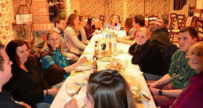 Cena con los alumnos