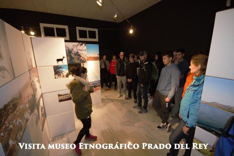 En el museo etnologíco de Prado del Rey