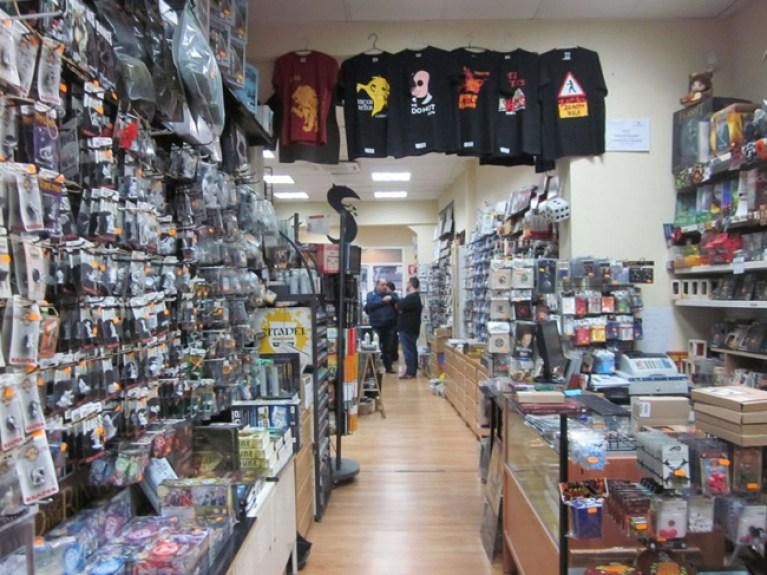 tiendas_comic_madrid_comprar_manga_anime_atlantica_academiac10