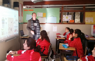 Carlos Diez-Clase-Primaria-Virgen-Milagrosa-Colegio