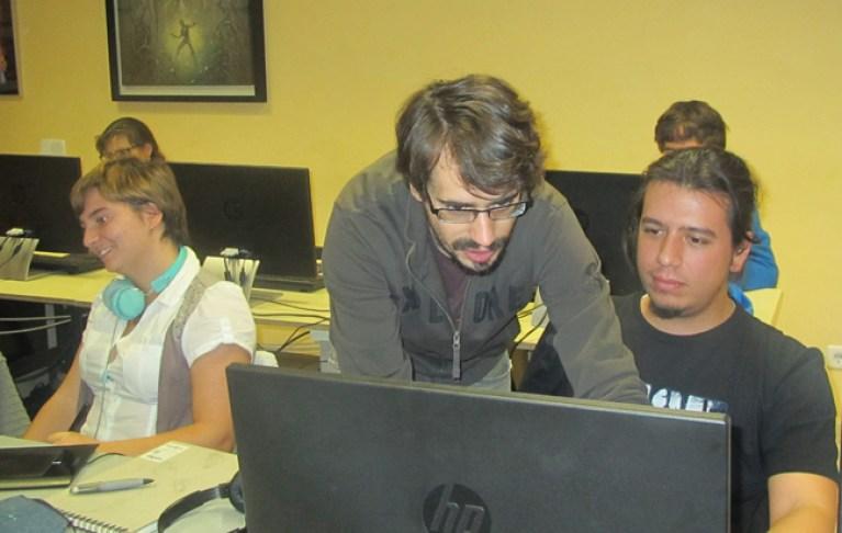 clases-directo-master-academiac10-alumnos-digital-dibujo-comic1