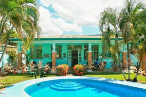 Academia Tica Spanish school - Jacó Beach campus