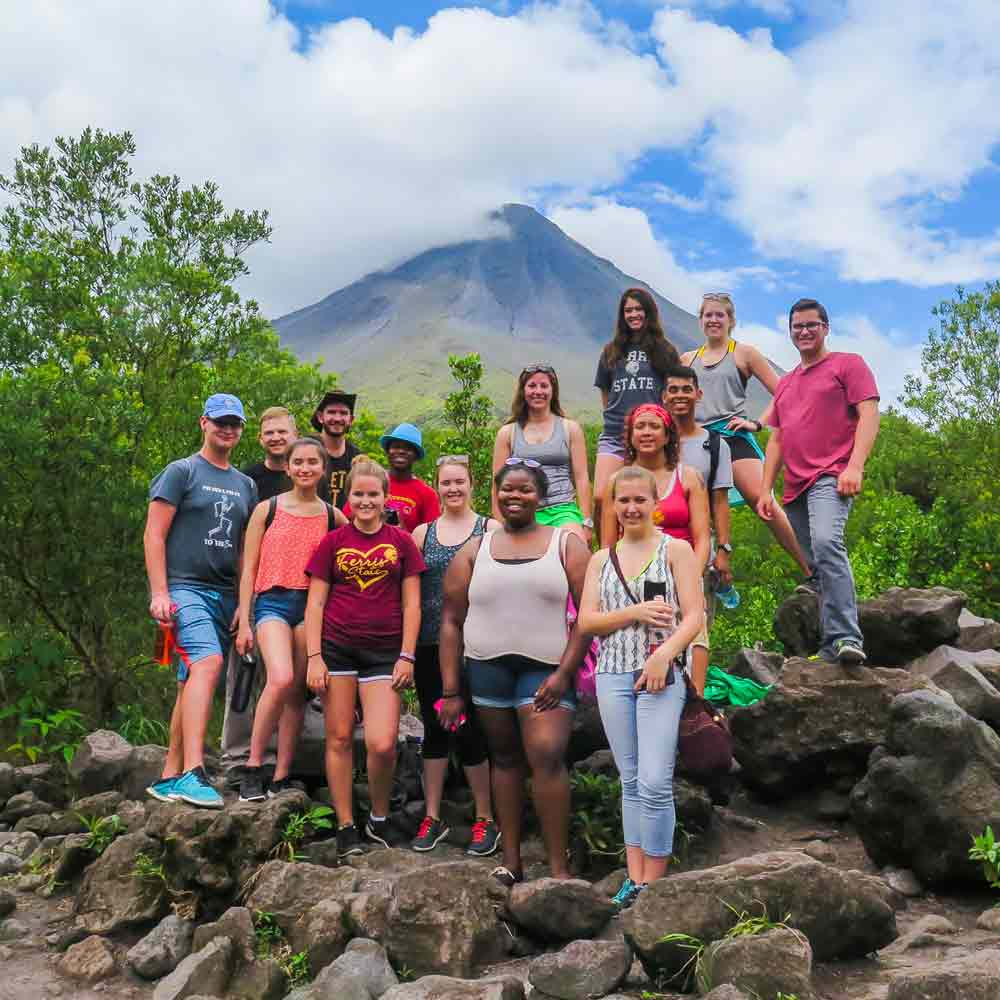 Group Spanish program in Costa Rica traveling around Arenal Volcano