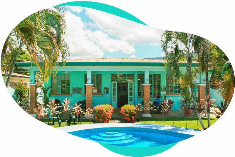 Academia Tica school campus in Jacó Beach