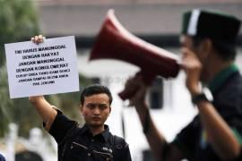 Mahasiswa demo tentang kebijakan
