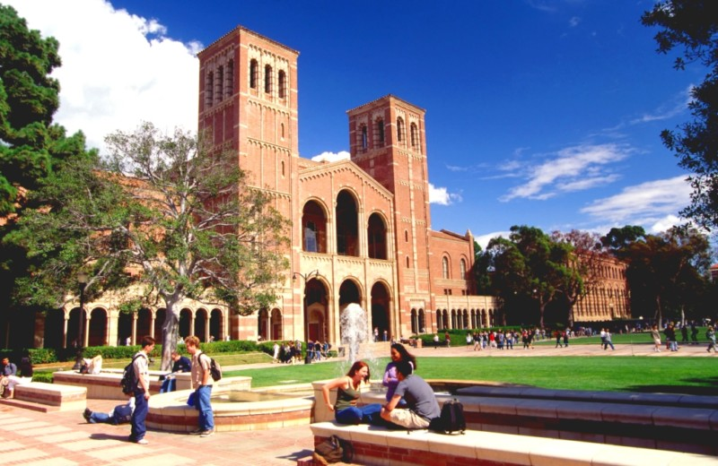 universitas terkenal di amerika serikat University of California, Los Angeles (UCLA)