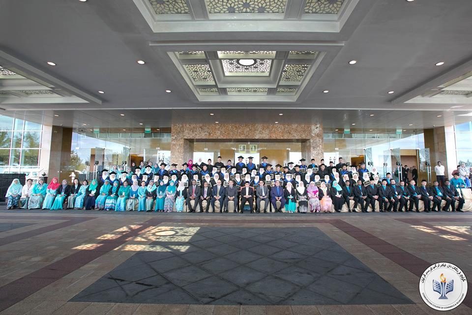 universitas di brunei Cosmopolitan College of Comerce and Technology (CCCT)