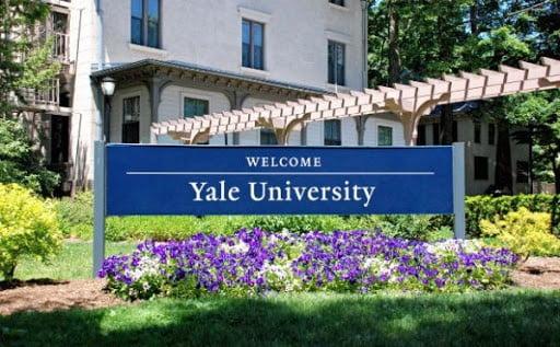 yale-university-scholarships