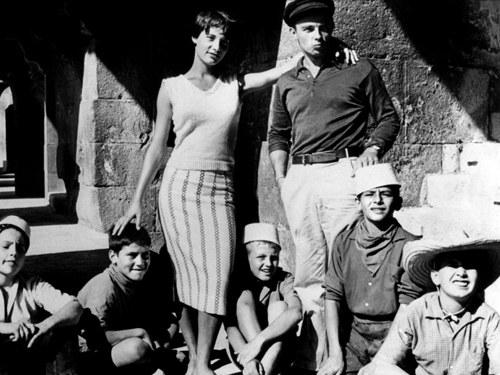 Tournage des Mistons avec Bernadette Lafont et Gérard Blain dans les arênes de Nîmes