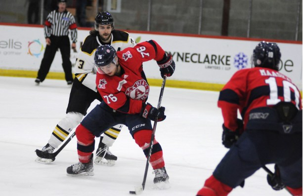 Axemen extend streak to 7 with 6-2 win over Tigers