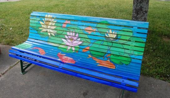 Des artistes créent sur les bancs du centre-ville - Acadie Nouvelle : Béatrice Seymour