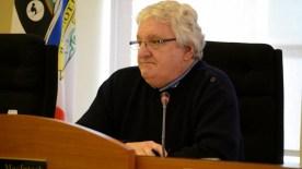 L'ex-maire de Campbellton, Bruce MacIntosh, avait octroyé les contrats de déneigement de la Ville au secteur privé. - Archives