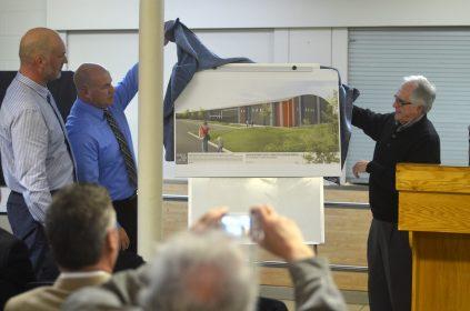 Le dévoilement officiel des plans du nouveau centre Kent-Nord de Richibucto, jeudi. - Acadie Nouvelle: Jean-Marc Doiron