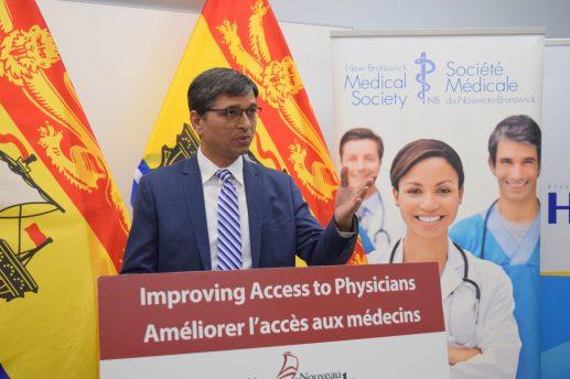 Le Dr Dharm Singh - Acadie Nouvelle: Mathieu Roy-Comeau