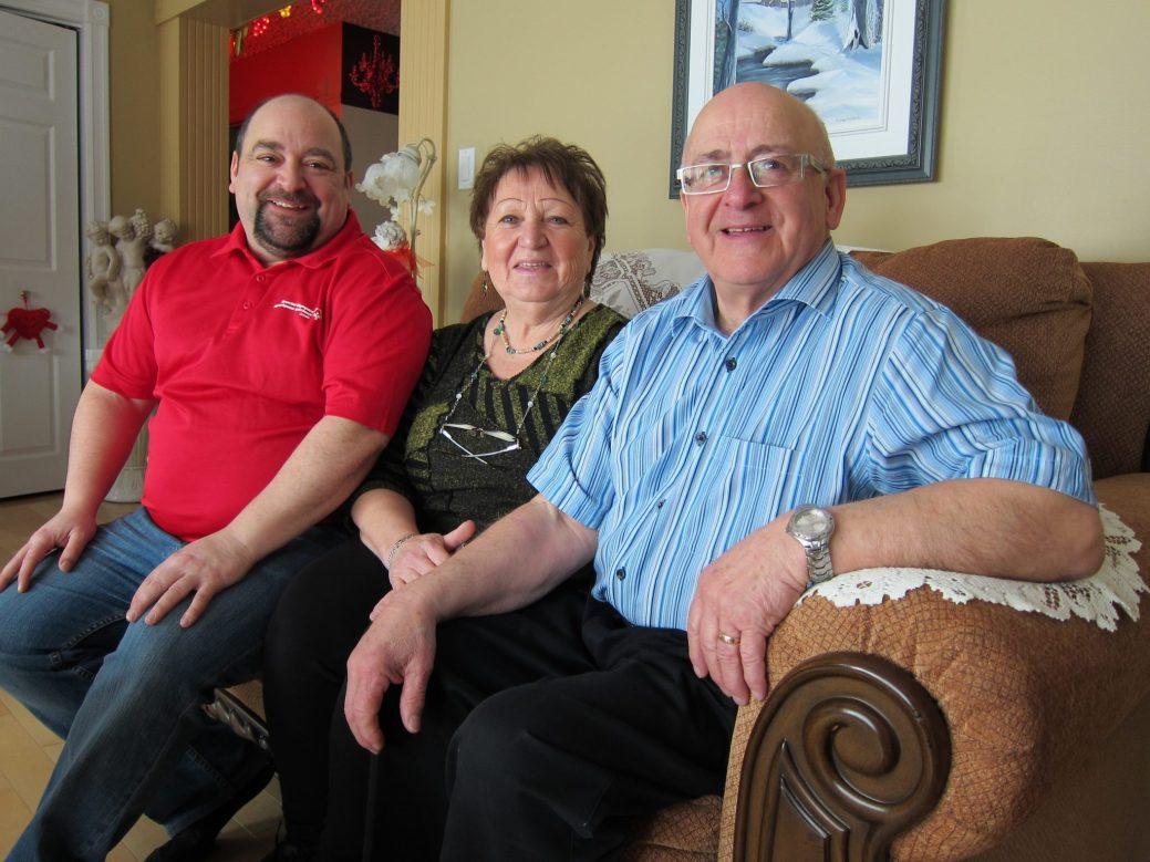 Flora et Vincent Richard en compagnie de leur fils Mario. Acadie Nouvelle: Vincent Pichard