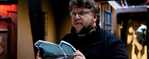 Guillermo Del Toro sur le plateau de tournage de The Shape of Water. - Archives