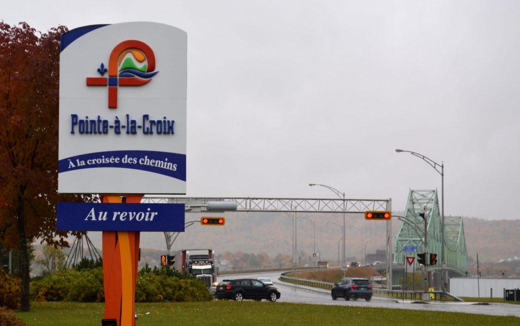 Le boulevard Interprovincial dans la municipalité de Pointe-à-la-Croix. - Acadie Nouvelle: Jean-François Boisvert