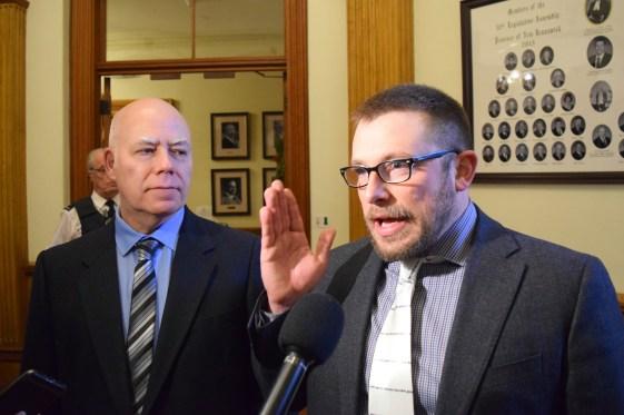 Kevin Arseneau (à droite) en compagnie de David Coon, le chef du Parti vert. - Archives