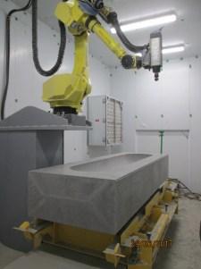 Le sarcophage de bentonite sur lequel travaillent Dominic Lanteigne et Joël Basque. - Gracieuseté: Solutions Novika