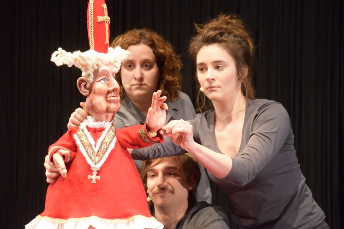 Monica Bolduc, Nicolas Dupuis et Florence Brunet dans une scène de Winslow en répétition. - Acadie Nouvelle: Sylvie Mousseau
