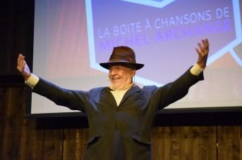 Michel-Archange (Florian Chiasson) animera la Boite à chansons au Pays de la Sagouine. - Acadie Nouvelle: Sylvie Mousseau