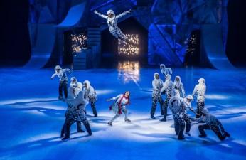 Particulièrement spectaculaire, le numéro d'ouverture intitulé Tempête donne le ton au spectacle Crystal, a fait savoir Shawn Sawyer. - Gracieuseté: Matt Beard, Cirque du Soleil