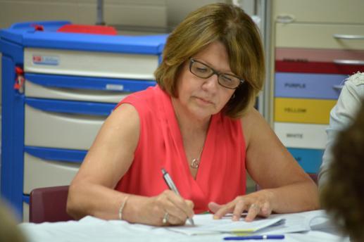 France Marquis, ancienne présidente de l'AIINB, a signé la plainte au Commissaire aux langues officielles du N-B. - Acadie Nouvelle: Alexandre Boudreau